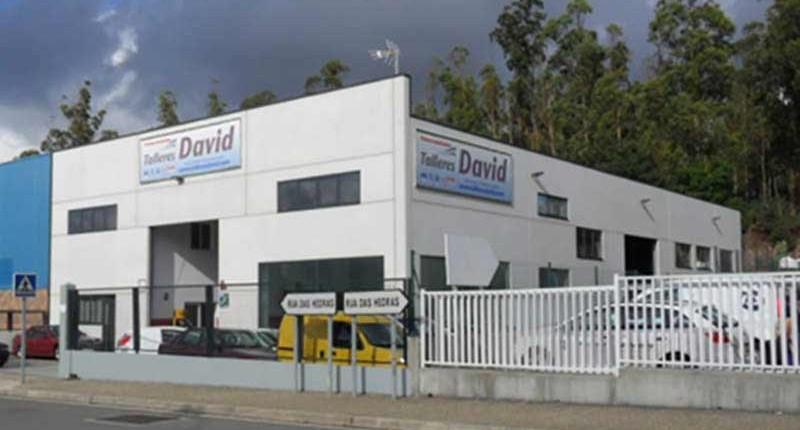 Talleres David inaugura sus nuevas instalaciones en el polígono de Novo Milladoiro.