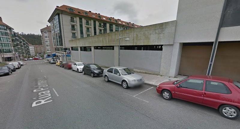 Venta de local comercial de 2.000 m2 con aparcamiento en O Milladoiro.